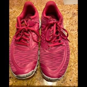 NIKE free Pink shoes size 12